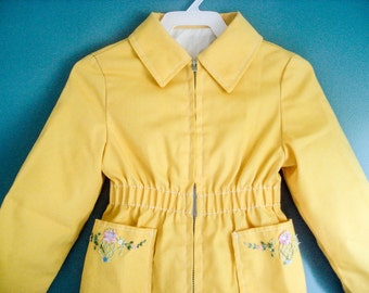 Vintage girl's raincoat - size 5