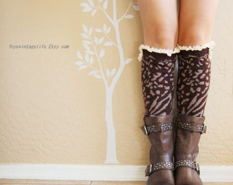 Christmas gift for her,boots cover.Very warm Brown Lacy Leg Warmers.Cute Zebra leg warmers with lace,boot socks,boot cuffs,gift for her