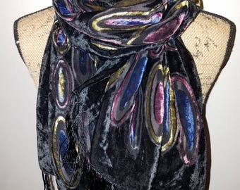 Silk black retro scarf with fringe