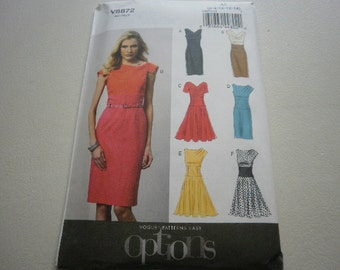 Pattern Ladies Dress 6 Styles Sizes 6 to 14 Vogue 8872