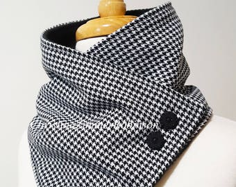 Black and White Houndstooth Snap Scarf, Neck Warmer, Neckwarmer, Snood, Collar, with Decorative Fancy Black Flower Buttons