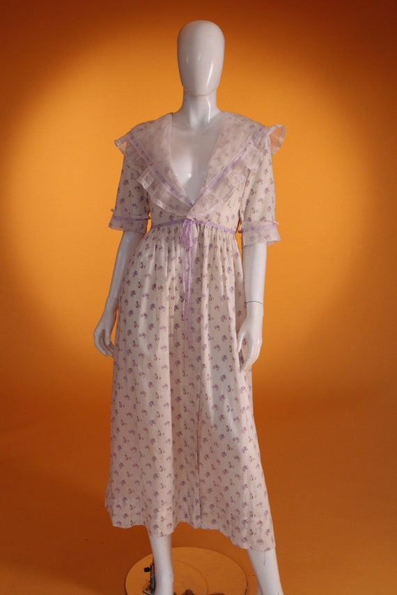 Vintage 1930s Edwardian Style Dressing Gown/Robe. Cotton
