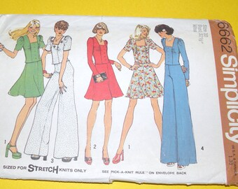 Simplicity 6662 1974 Bell Bottom Pants, Skirt, Top Pattern size 10 UNCUT