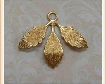6 pieces raw brass leaf charm stamping finding, embellishment #3640