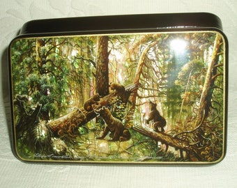 Russian Lacquer box Mother of pearl Morning in a pine forest Hand Painted Bears