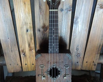 HOMEMADE 1938 BLUES Cigar Box Guitar / Ukulele