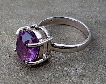 Sterling silver ring with faceted Amethyst,Oval Purple Amethyst,Amazing gift for her SIZE 7