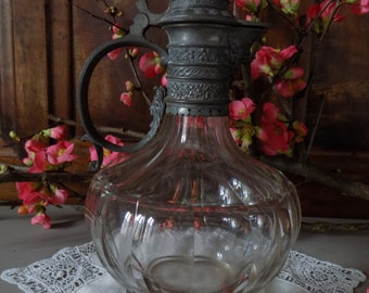Stunning French vintage claret jug, wine carafe, crystal base and silvered metal top.