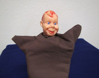vintage HOWDY DOODY Hand PUPPET  :  1950's Howdy Doody show