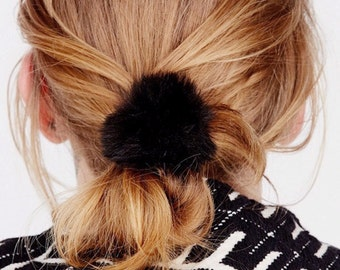 Real Rabbit Fur Pom Pom Hair Tie Band Pony Tail Holder Elastic Scrunchie