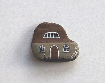 House, Painted rocks, pebble art, stone art, rock art, painted rock