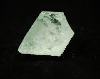 Terminated Blue Aquamarine Crystal Specimen // 21.86 grams // Pakistan // Beryl // The Crystal Garden