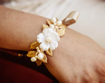 Braut Brautjungfer-Manschette-Armband aus AYANNA Brautjungfer Blumenmädchen Geschenk bestellen