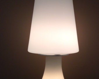 Mid Century Modern White Frosted Glass Mushroom Table Lamp By Laurel Lamp  Company 1970u0027s