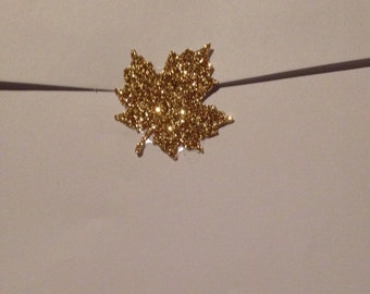 """Shimmery Gold Glitter Maple Leaf Seals - 1"""" in Size Lot Of 25"""