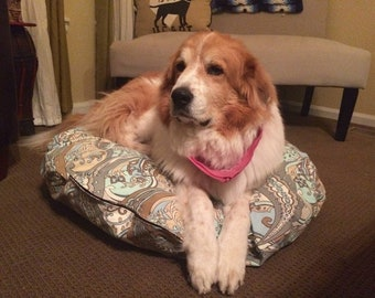 """37"""" round paisley colored dog bed with memory foam cut up and stuffed in a liner -large dog size"""