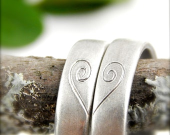 Heart wedding bands SET. 2 sterling silver bands, 5 mm wide, engraved heart, comfortable, recycled silver, 1.5 mm thick, The Perfect Ring.