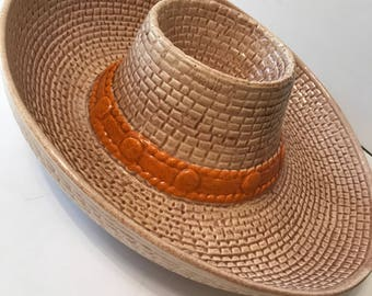 Vintage ceramic cowboy hat chip and dip serving bowl / tray