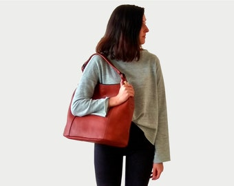 Brown Tote Purse, Large Vegan Shoulder Purse, Everyday Minimalist Bucket Purse, Chic and Trendy Purse, Vegan Purse Gift, Faux Leather Purse