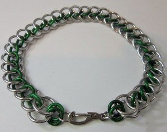 Chainmaille, Bright Aluminum/Silver Color and Green Jump Rings, Persian Star Pattern Bracelet with Silver Color Carabiner Look Clasp