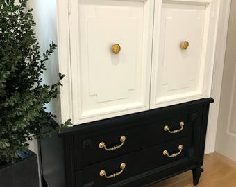 Black and White Chest of Drawers