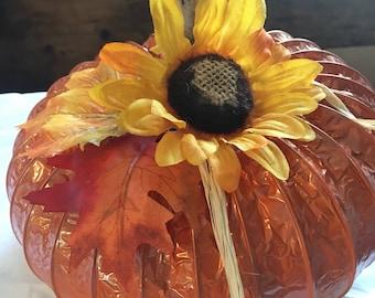 Fun Fall Pumpkin, Rustic Pumpkins, Fall Decor, Country Fall Decor, Country Pumpkins, Fall Weddings, Autumn Centerpiece, Fall Centerpiece