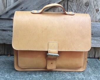 Leather Briefcase Attache Messenger Honey Brown