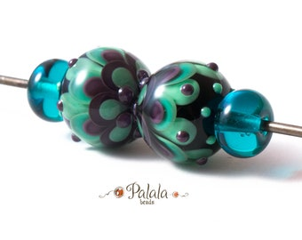 Pair of blue and purple Lampwork Glass Beads, Petal lampwork beads, Dahlia Lampwork beads, Beads for ear rings