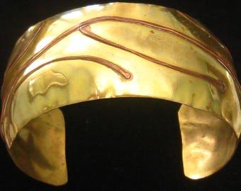 "SALE Brass & Copper Modernist Cuff Bracelet.  Mixed Metals 1970's Vintage. 1"" Wide Contoured Brass.  Copper Wire Abstract Design."