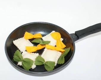 Felt ravioli, Farfalle, felt food pasta