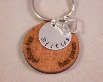 In memory of Pet, lost pet, new pet, My angel has paws, Personalized pet keychain.