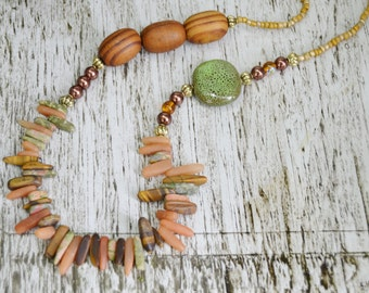 JASPER SPIKES WOOD Necklace Rust Green Ceramic Wood Bead Toggle Necklace