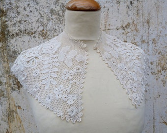 Vintage Antique 1890/1900 French Victorian  Irish crochet  lace collar / Cotton / Cream