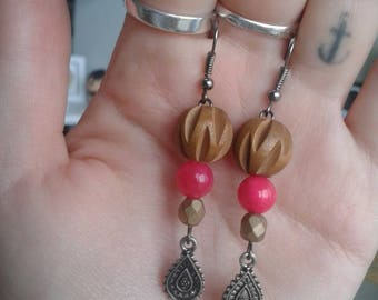 Pink and wood earrings