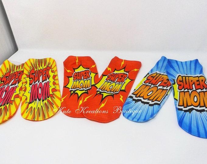 Featured listing image: Super Mom Socks