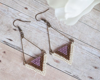 Riley Lavender, Hand beaded earring, seed bead earring, chevron earring, lavender earring, beaded earring, geo jewelry