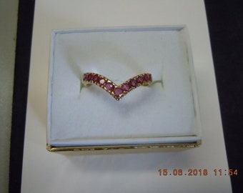 14K rose gold Ruby Chevron Ring.  Mint condition.