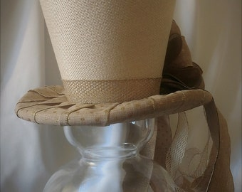 Burlap Top Hat -Christmas Tree Topper Bow - Top Hat Centerpiece - Rustic Tree Topper Bow - Tree Topper Top Hat - Top Hat Tree Topper