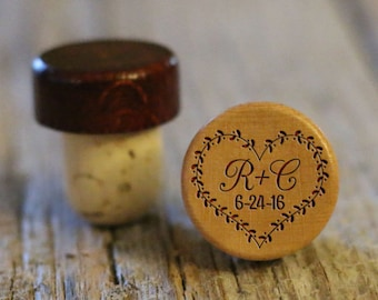 BEST PRICE ** Lot of Personalized Custom Wine Stopper, Laser Engraved Cork Bottle Topper, Reusable Rustic Wedding Favor --WS-L-HrtWreath