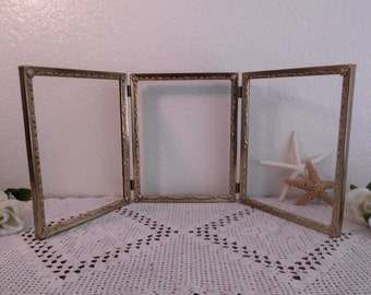 Vintage Gold Frame Ornate Scrolled Self Standing Tri Folding Rustic Hollywood Regency Mid Century Home Decor Wedding Memory Decoration Gift