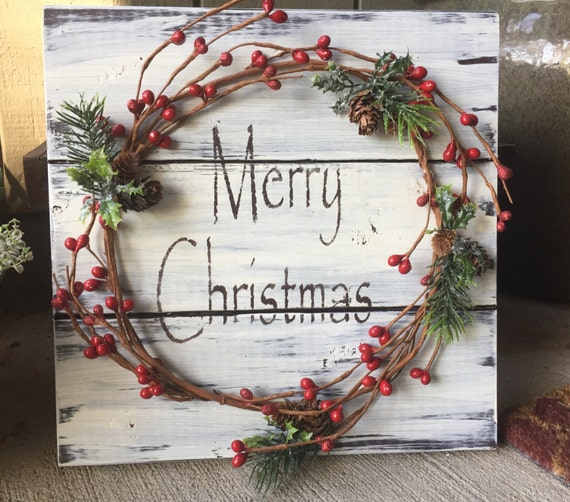 Rustic Christmas Winter Wood Pallet Sign W/ Berry Garland Pine