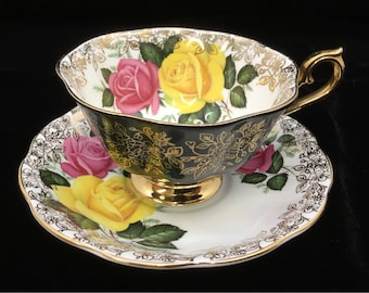 Royal Albert Cabbage Roses teacup and saucer