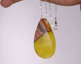 Jewelry Necklaces Neutral Wood and Resin Max Yellow And Wood Handmade Pendant 111
