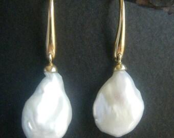 Pearl Earrings Dangle Large BAROQUE PEARL Drop Earrings Gold Cultured Pearl Earrings Bridal Earrings Pearl Earrings Wedding Unique Pearl
