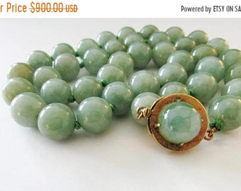 "On Sale Vintage Estate 14K Gold 16""inches  Hand Knotted Large Graduated Translucent Green Jade Bead Necklace"