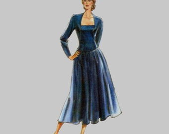 1980s Evening dress pattern Style 1653, Romantic Dress, Portrait neckline, Angled sleeves, Bust 31 - 36, Mid calf or short, Complete