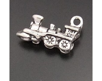 6 Locomotive Train Engine Charms 3-D Antique Silver Tone Choo Choo Charm Jewelry   18x10x5 mm