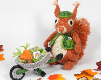 Cyril the Squirrel, Head Gardener - Amigurumi Crochet Pattern