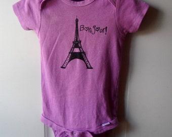 """Eiffel Tower Baby Bodysuit, Paris Baby Bodysuit that says """"bonjour"""", Light Purple, Cotton, Infant Creeper"""