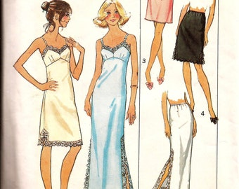 Vintage 1970s Woman Stretch Knit Slip and Half Slip Lingerie Sewing Pattern / Simplicity 7069 / Size 12 Bust 34